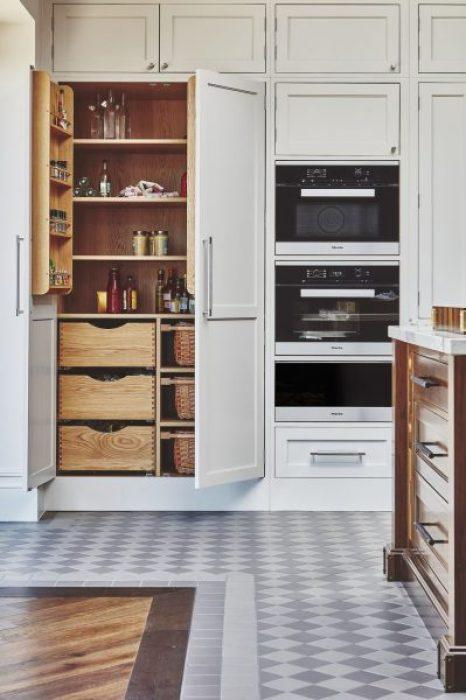 naked-kitchens-chestewr-row-kitchen-with-open-larder-1546806748